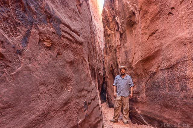 Exploring the gulches in Grand Stiarcase Escalante - Backpacking Coyote Gulch in Grand Staircase Escalante
