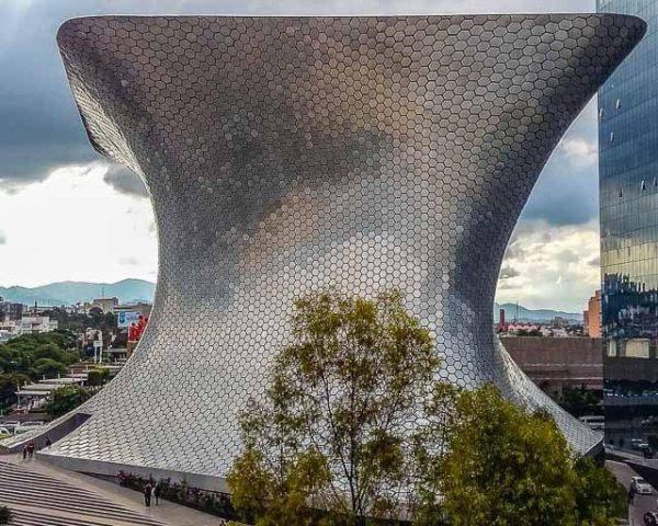 Museo Soumaya in Nuevo Polanco, a free art museum.