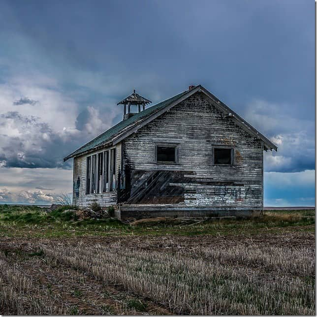 Dilapidated house in Eastern Washington