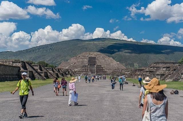 teotihuacan pyramids-1