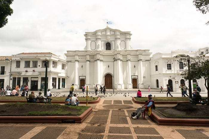 Beautiful town square - Things to do in Popayan
