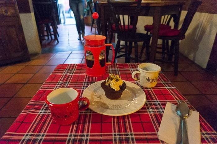 French press and dessert - Awesome things to do in Cali Colombia