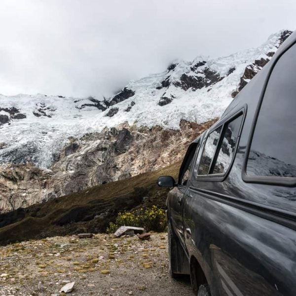 High mountain passes in Peru - how to travel the world on a budget