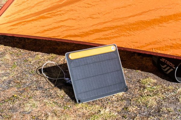 Biolite Solarpanel 5 Review Staying Charged While Outdoors