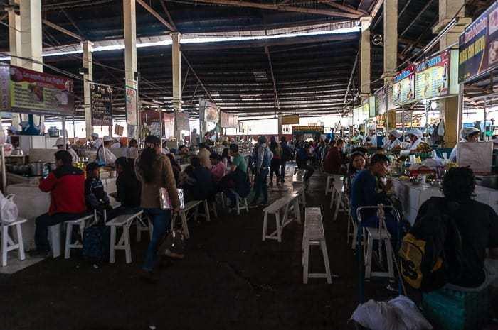 Plaza de mercado - que hacer en Cusco