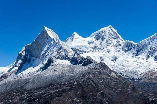 Recorriendo la Cordillera Blanca en Perú