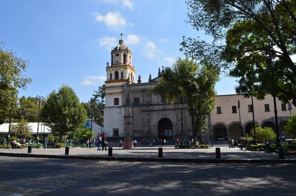 best mexico city hostels coyoacan church