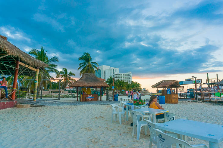 Where to Stay in Cancun: Your Guide to the Best Neighborhoods, Hostels, and Hotels