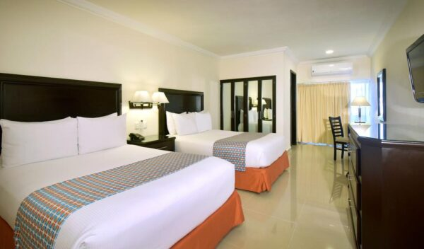 where to stay in cancun Hotel Bonampak