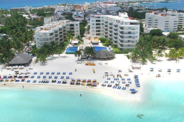 where to stay in cancun Ixchel Beach Hotel