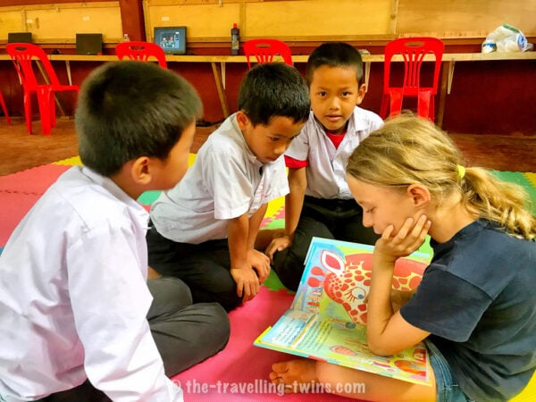 volunteering abroad laos